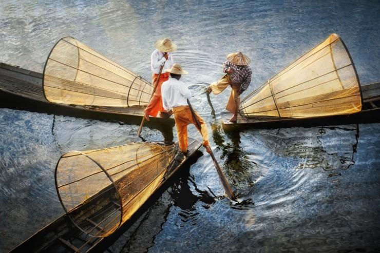 03-David-Lazar-Three-Fishermen-on-Inle-Lake-740x493