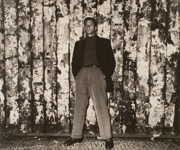 V. Bukovy zeneszerző portréja éjszaka, 1955