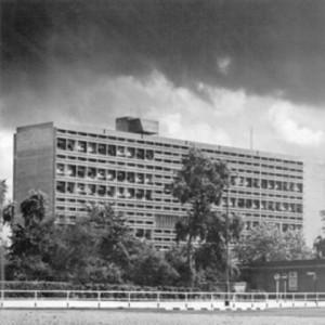 3. ábra: Unité d'Habitation, West Berlin, fotó: Yukio Futagawa